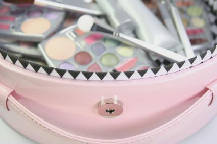 cosmetic-kit